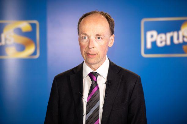 Perussuomalaisten puheenjohtaja Jussi Halla-aho ilmoitti maanantaina, ettei hän tavoittele jatkokautta puolueen johdossa.