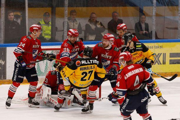 Fantasiaurheilupeli Liigapörssi perustuu jääkiekon SM-liigaan.