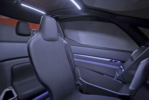 Uniti valmistaa 2-, 4- ja 5-paikkaisia täyssähköautoja.