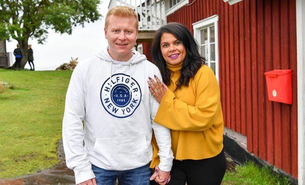 Sampo Kaulanen vei vaimonsa Minttu Kaulasen ikimuistoisille treffeille suhteen alussa.