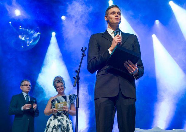 QX Gay Gaala järjestettiin keskiviikkoiltana Savoy-teatterissa Helsingissä.