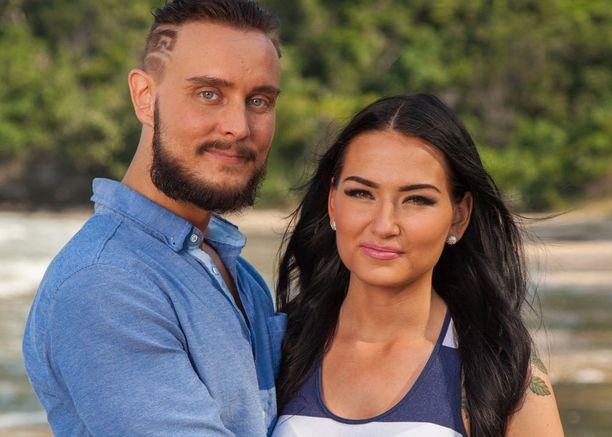 Jonne ja Sonja haluavat selvittää suhteensa tilan.
