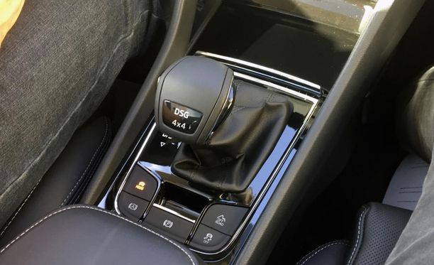 Ensimmäistä kertaa Skodassa on 7-nopeuksinen DSG-vaihteisto, joka on tehty nimenomaan väkevävääntöisille moottoreille.