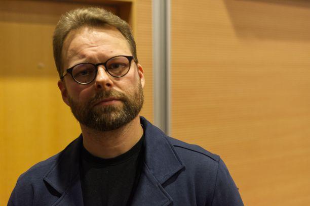 Rikosseuraamuslaitoksen psykologi Mikko Ylipekka kertoi Oulussa, mitä seksuaalirikollisista tiedetään.