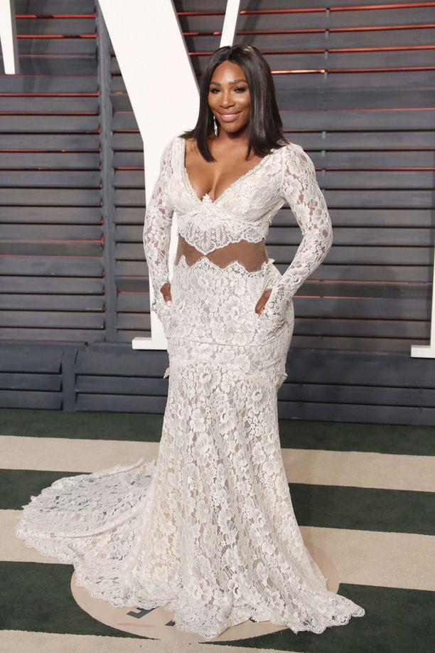 Serena Williams ihastutti tyylillään myös Oscar-gaalan jatkobileissä kuun vaihteessa.