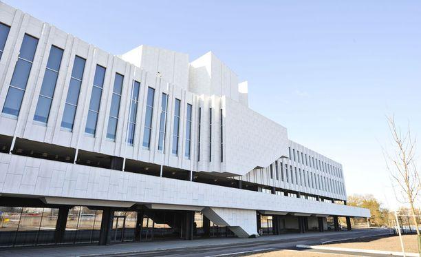 Finlandia-taloon perustetaan valtava mediakeskus kotimaisille ja kansainvälisille toimittajille. Kuva vuodelta 2015.