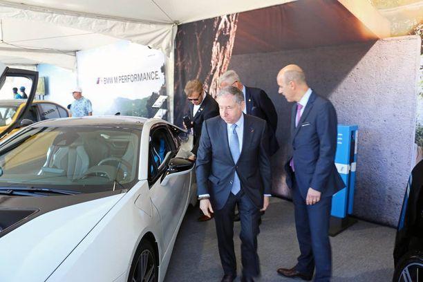 BMW i8 kiinnosti Todtia, vaikka i8 ei hybridiauto olekaan.