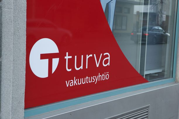 Vakuutusyhtiö Turva otti robotin käyttöön tänä vuonna.