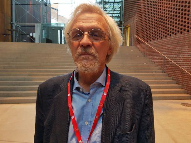 Pentti Arajärvi, 70, kiittää geenejään hyvästä kunnosta. - Paino on lähes sama kuin 17-vuotiaana, mies kertoi Iltalehdelle Hämeenlinnassa lauantaina.