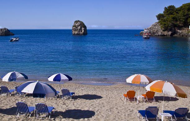 Syksyllä Kreikan rannoilla on väljempää.