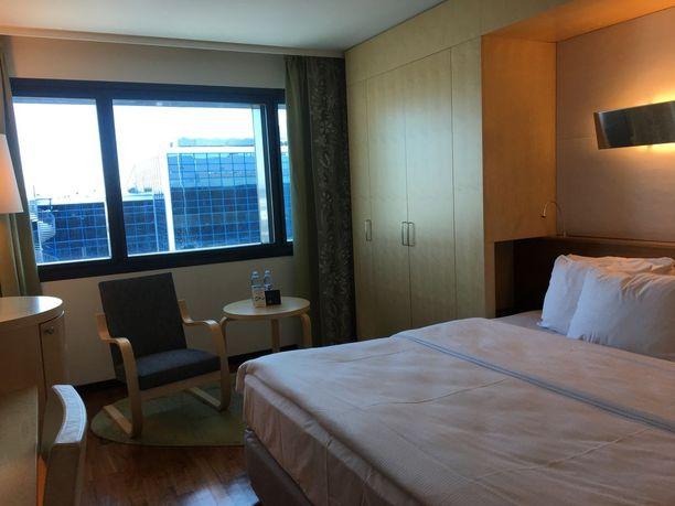Huoneiden värimaailma on rauhallinen ja sisustustyyli skandinaavinen.