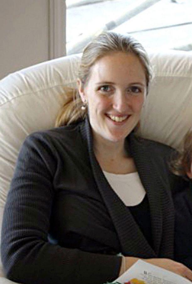 Perheen julkisuuteen antama kuva Katrina Dawsonista, joka uhrasi henkensä raskaana olevan ystävänsä edestä.