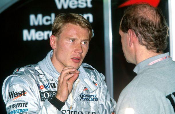 Mika Häkkinen nousi McLarenilla suuruuteen.