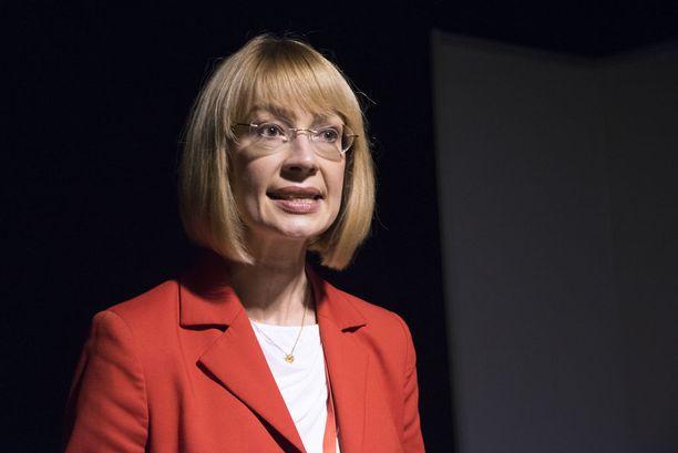 Tytti Tuppurainen piti tervetulleena, että Rinne oli ottanut kokouspuheeseensa aineksia kansainvälisestä politiikasta.