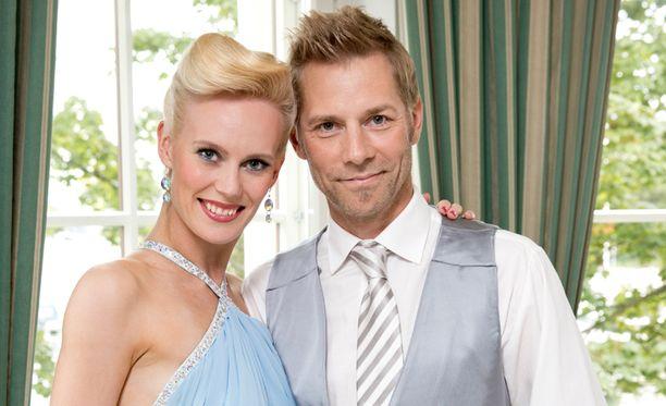 Harri Syrjäsen pari Tanssii tähtien kanssa -kilpailussa on Jutta Helenius.