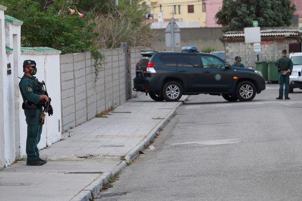 Espanjan poliisilla riittää Aurinkorannikolla kiirettä ratsioiden kanssa, kun kansainväliset rikollisjengit käyttävät seutua huumeiden sisääntuloväylänä Eurooppaan. Kuva Cadizista syyskuulta 2020.