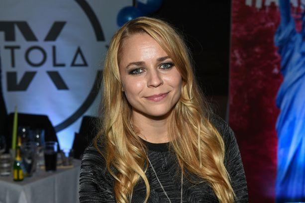 Vuonna 2014 Vesala ihastutti Vain elämää-televisiosarjan kolmannella tuotantokaudella.