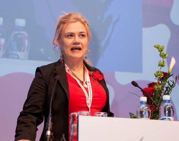 Ammattiliitto PAMin järjestöpäällikkö Niina Koivuniemi tunnetaan uhmakkaista lausunnoistaan.
