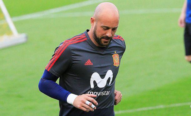 Pepe Reina voi Football-Italian mukaan saada kolmen kuukauden pelikiellon, jos tiedot yhteyksistä Camorraan pitävät paikkansa.