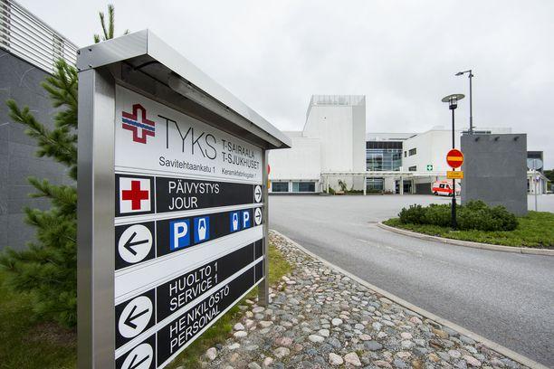 Turun yliopistollisen keskussairaalan lääkäri huolestui Minean vanhemmista turhaan.