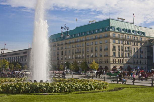 Adlon-hotelli on yhä Berliinin ylellisimpiä ja tunnetuimpia.