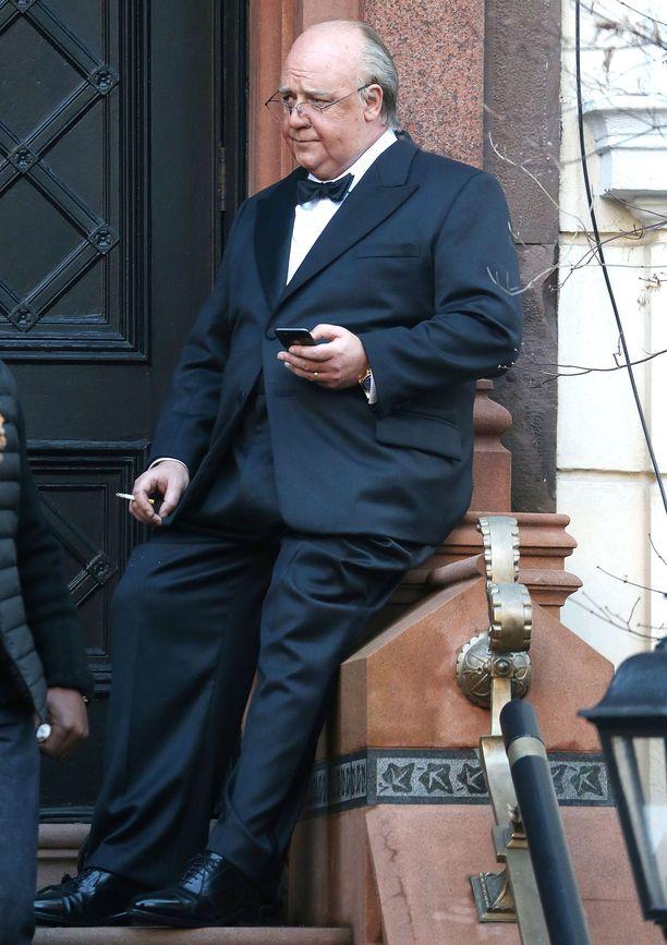 Russell Crowe bongattiin tupakkatauolta kesken tv-sarjan kuvausten.