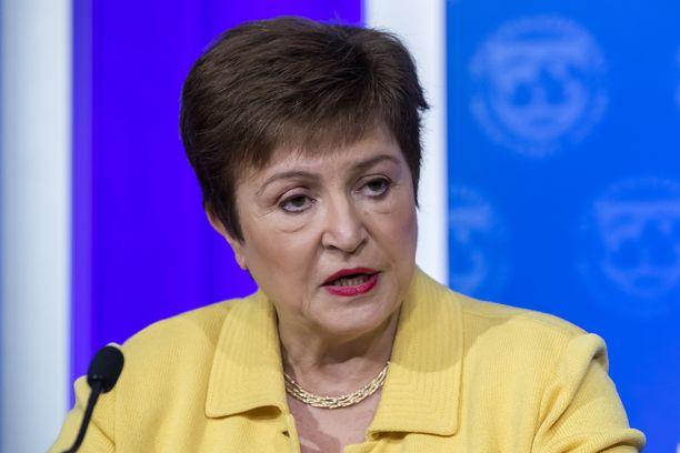 Kansainvälisen valuuttarahasto IMF:n pääjohtaja, taloustieteilijä Kristalina Georgieva on työskennellyt myös Maailmanpankin virkaa tekevänä pääjohtajana ja EU:n budjettikomissaarina.