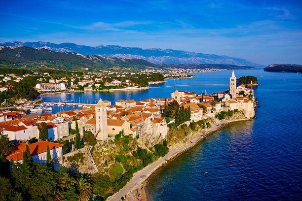 Rab on vain yksi Kroatian ihanista saarista.