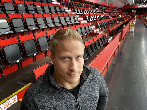 Leo-Pekka Tähti osallistuu MM-Dubaissa 100, 400 ja 800 metrin kilpailuihin. Satasella hän on luonnollisesti ylivoimainen mestarisuosikki, mutta pidemmillä matkoilla porilainen ei ota menestyspaineita.