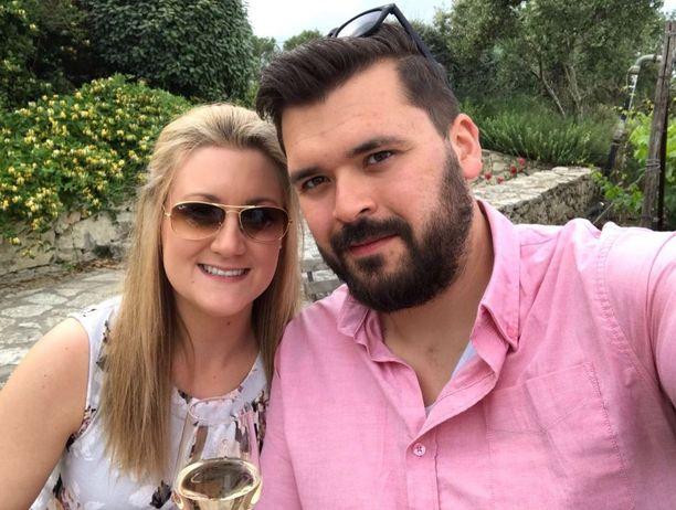 31-vuotiaat rahoitusalalla työskentelevät Kieran ja Helen Fisher etsivät ensin uniikin paikan mökilleen ja sitten rakensivat sen.