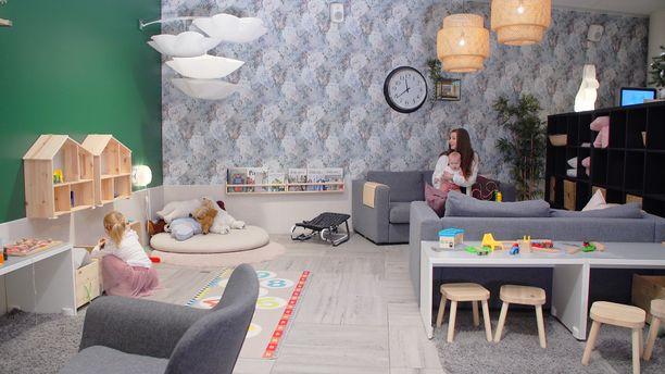 Valoisa ja avara perhehuone suunniteltu erityisesti pienten lapsien perheiden tarpeisiin.