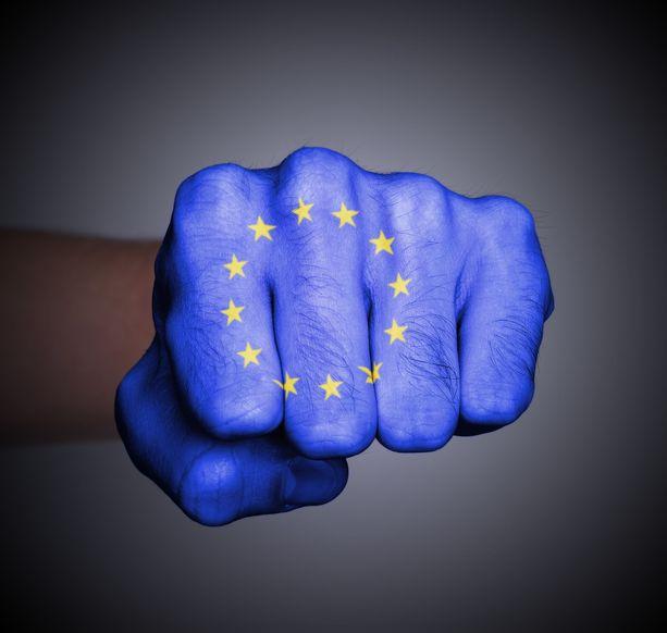Komissio kehottaa Suomea noudattamaan työntekijöiden lähettämistä koskevia EU-sääntöjä.