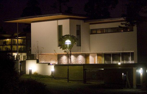 Kimi Räikkönen on myynyt tätä Kaskisaaren-taloaan jo vuoden verran.