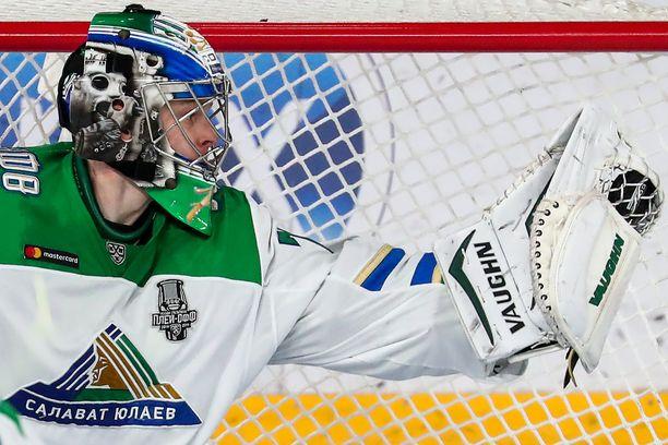 Salavat Julajev Ufan Juha Metsola palkittiin KHL:n parhaana maalivahtia.