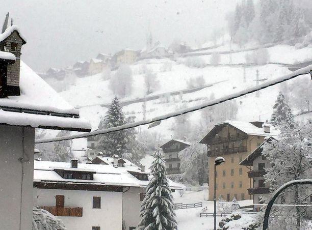 Pohjois-Italiaan on luvassa yöpakkasia ja lunta. Arkistokuva Dolomiittien alueelta viime keväältä.