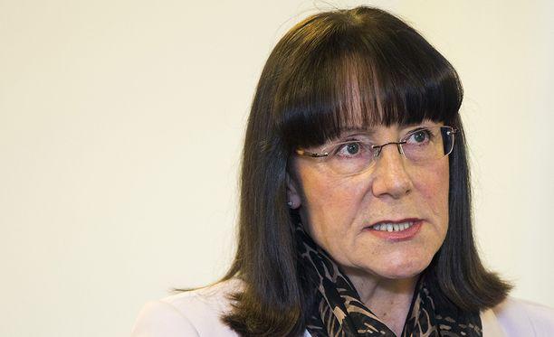 Ruohonen-Lerner joutui kesällä selvityksen kohteeksi lausunnoistaan, jotka hän antoi pian Jyväskylän dramaattisen puoluekokouksen jälkeen. Hän ilmoitti tuolloin, että siirtyisi Uusi vaihtoehto -ryhmään, jos olisi kansanedustaja.