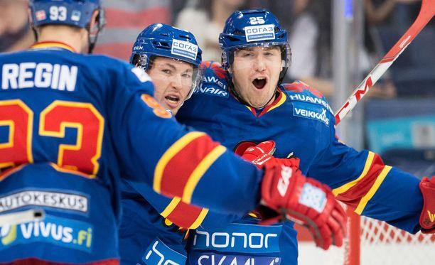 Pekka Jormakka viimeisteli Jokerien voittomaalin.