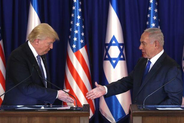 Donald Trump tapasi Israelin pääministerin Benjamin Netanjahun Jerusalemissa toukokuussa.