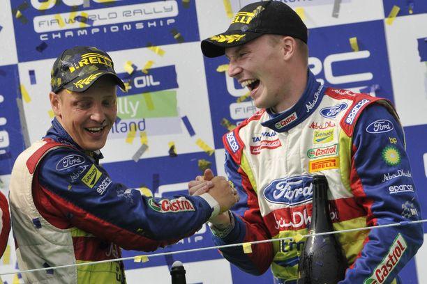 Mikko Hirvonen ja Jari-Matti Latvala ajoivat vuosia tallikavereina Fordilla.