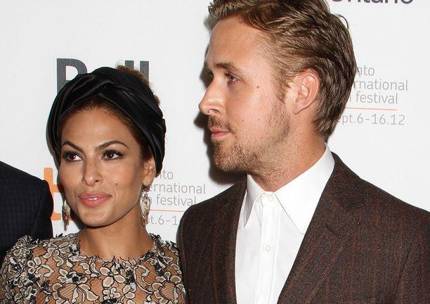 Eva Mendes ja Ryan Gosling esiintyvät hyvin harvoin yhdessä julkisuudessa.