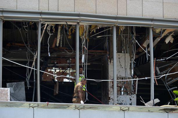 Viranomaiset tutkivat Shang-La -hotellia itsemurhaiskun jälkeen