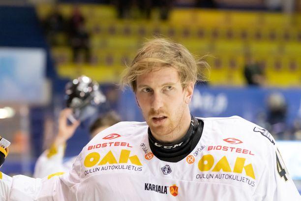 Jussi Rynnäs voitti Oulun Kärpissä kaksi SM-kultaa.