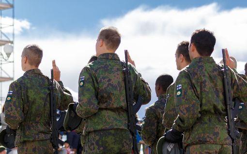 Puolustusvoimat: Ensimmäinen koronatartunta varusmiehellä – palvelee Helsingissä