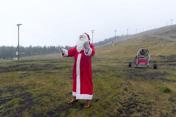 Joulupukki kuvattuna Levillä vuonna 2011.