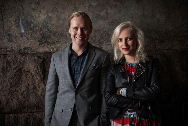 Leo Hakanen ja Elli Haloo myöntävät, että viikonlopun keikat jännittävät tällä hetkellä paljon.
