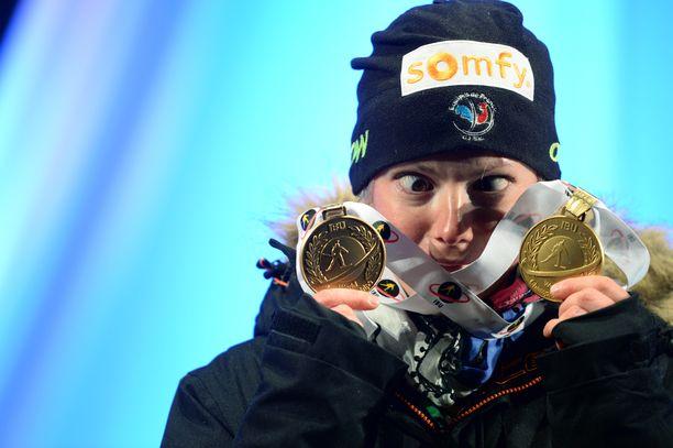 Vuosien 2015–16 MM-kisojen kuningatar Marie Dorin Habert lopetti.