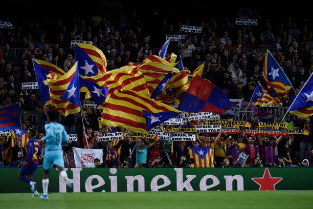 Katalonian liput liehuvat jälleen keskiviikkona Camp Noulla, kun Barcelona kohtaa Real Madridin.