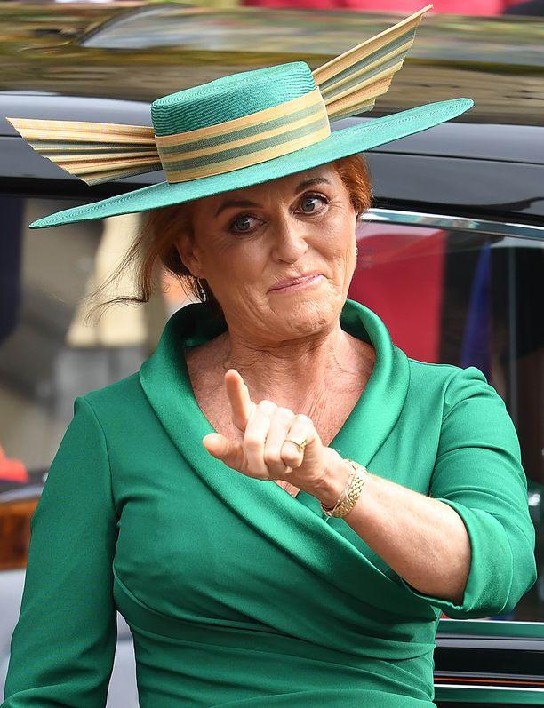 Sarah Fergusonin hattu ei ollut maltillisimmasta päästä.