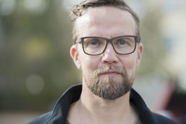 Petteri Summanen on työskennellyt Aku Louhimiehen kanssa useassa elokuvassa.
