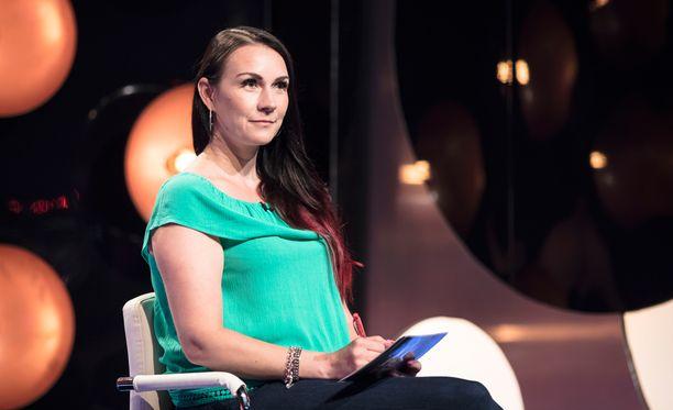 Oululainen Susanna etsi kumppania ohjelmassa neiti X:nä.